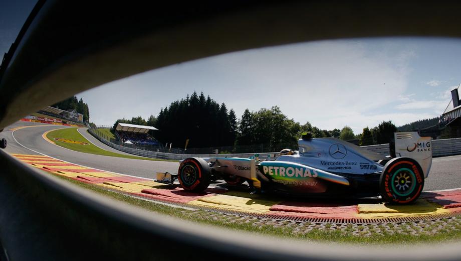 Hamilton won the tense qualification in Spa