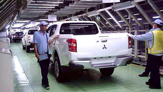 New Mitsubishi pickup Triton showed up on the conveyor
