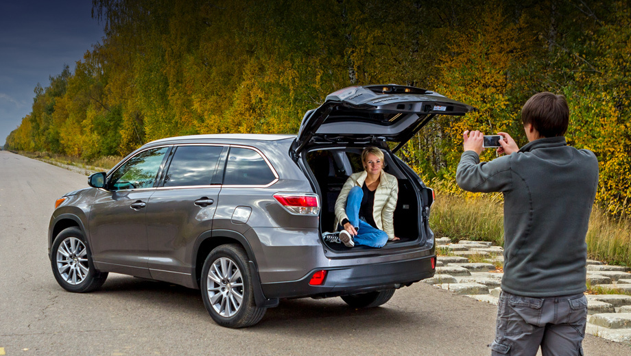 Summarize the long-term test of the Toyota Highlander crossover