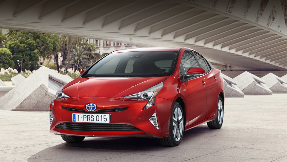 Updated: the Hybrid Toyota Prius got four-wheel drive