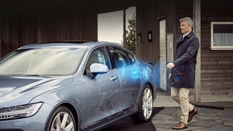 First Volvo will start selling cars without conventional keys